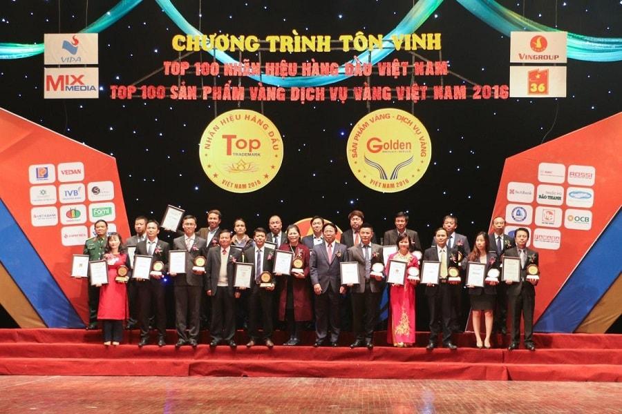 le trao giai top 100 san pham vang 2016