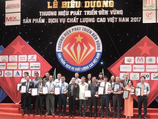 top 10 thuong hieu phat trien ben vung hai phat invest 02